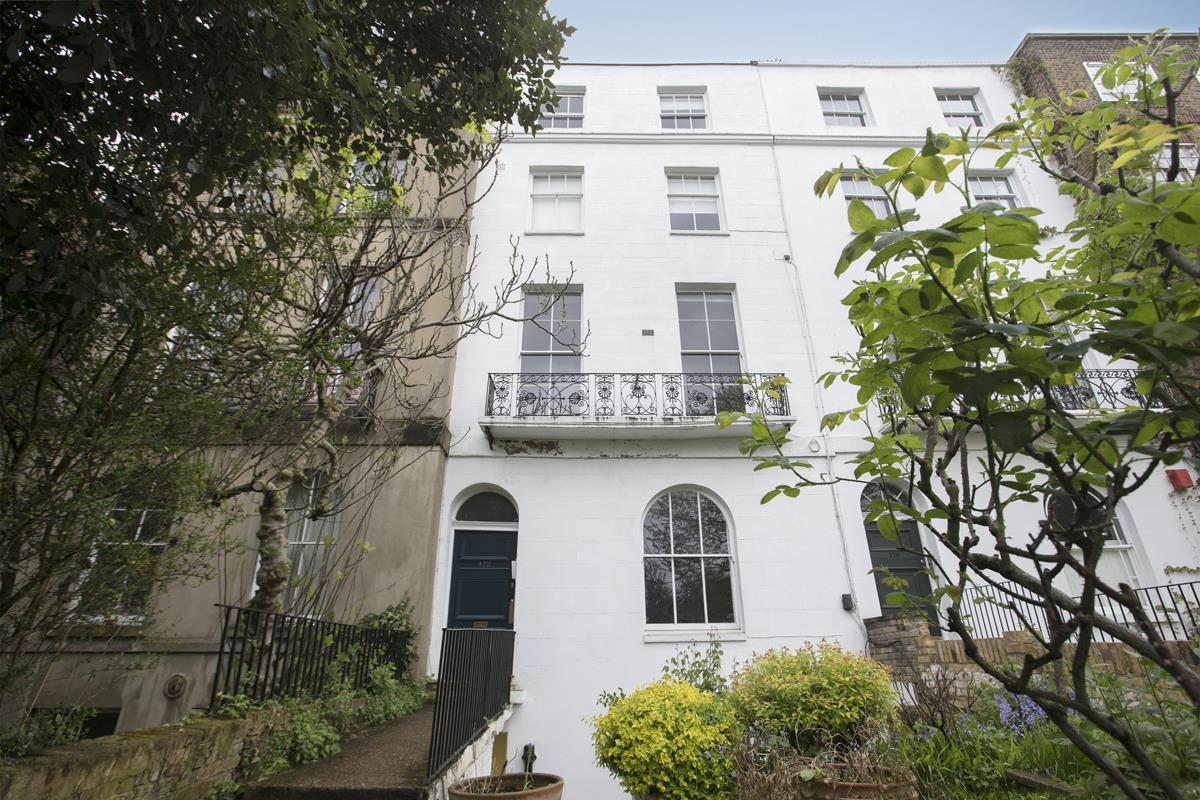 Flat - Conversion For Sale in Camberwell Grove, SE5 327 view2