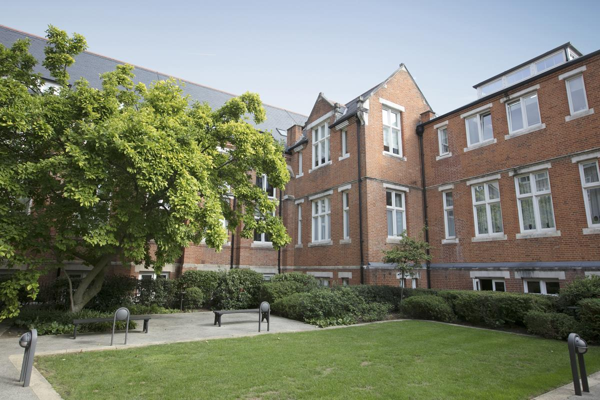 Flat - Conversion For Sale in Camberwell Grove, SE5 372 view7