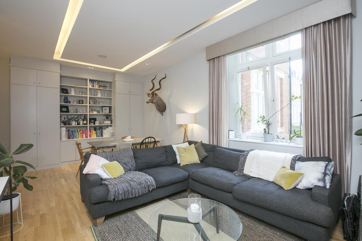 Flat - Conversion For Sale in Camberwell Grove, SE5 372 view2