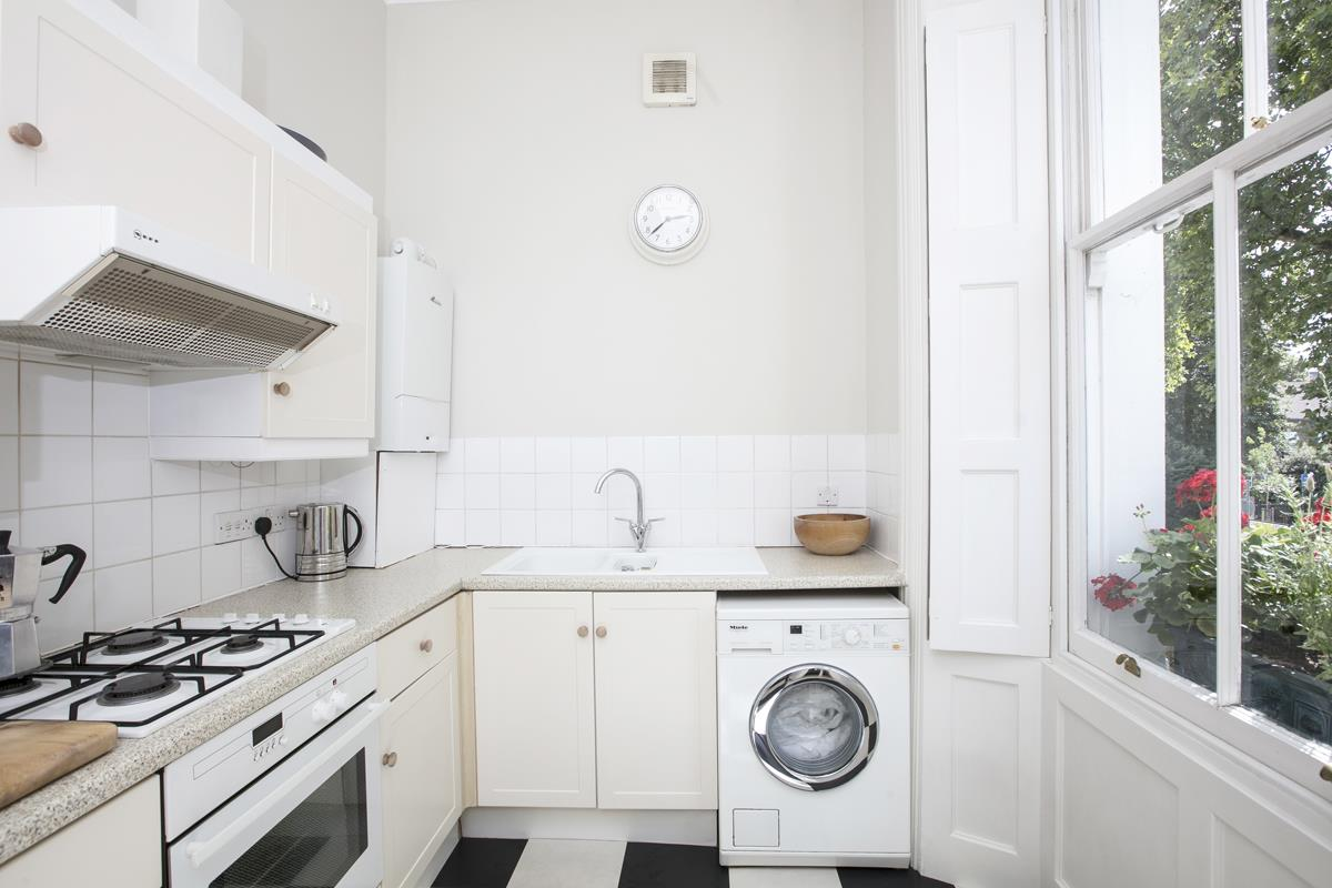 Flat/Apartment For Sale in Camberwell Grove, SE5 377 view6