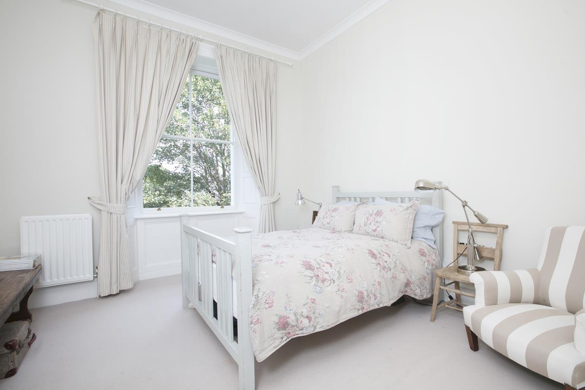 Flat/Apartment For Sale in Camberwell Grove, SE5 377 view5
