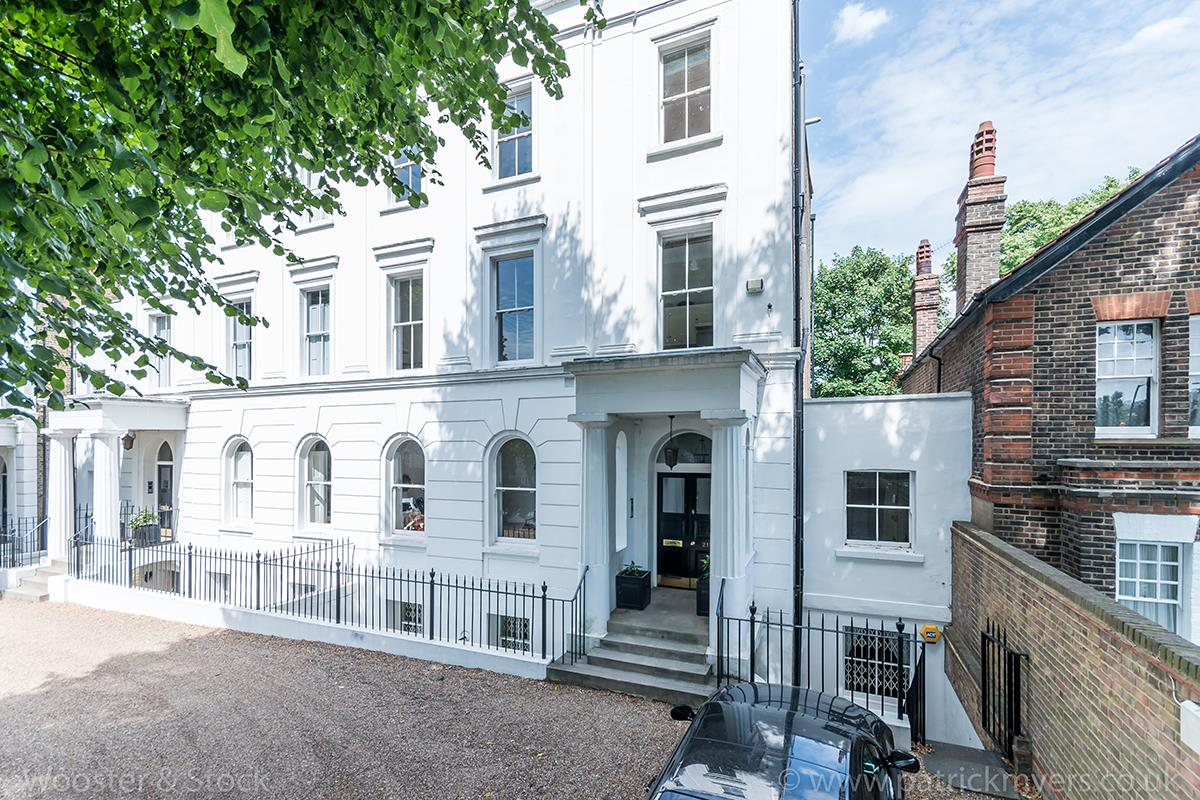 Flat/Apartment For Sale in Camberwell Grove, SE5 377 view3