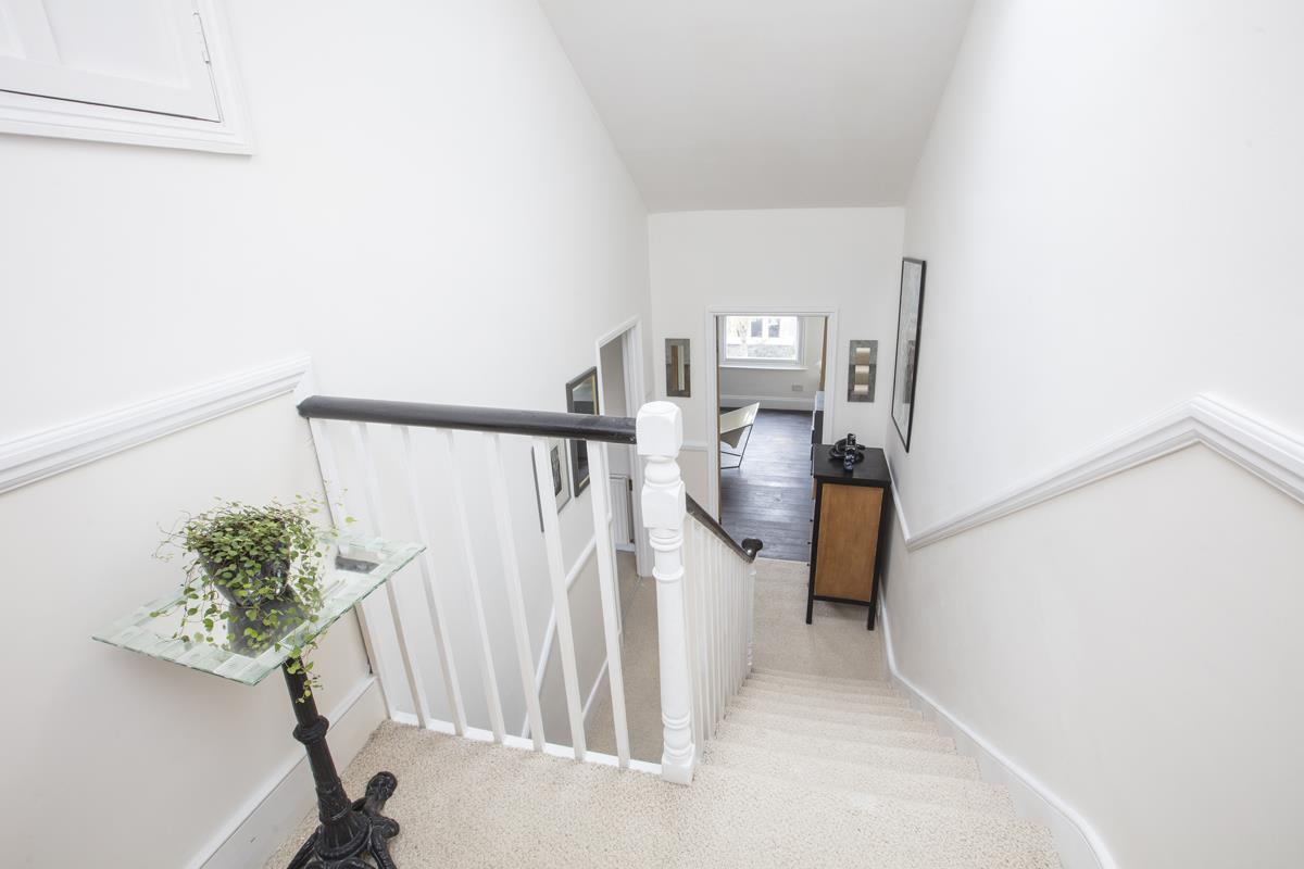 House - Semi-Detached For Sale in Carden Road, SE15 374 view19