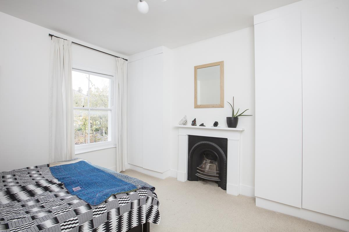 House - Semi-Detached For Sale in Carden Road, SE15 374 view18