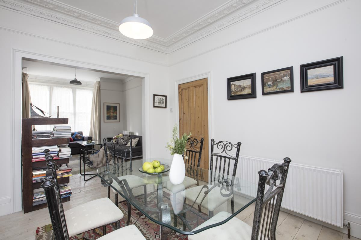House - Semi-Detached For Sale in Carden Road, SE15 374 view10