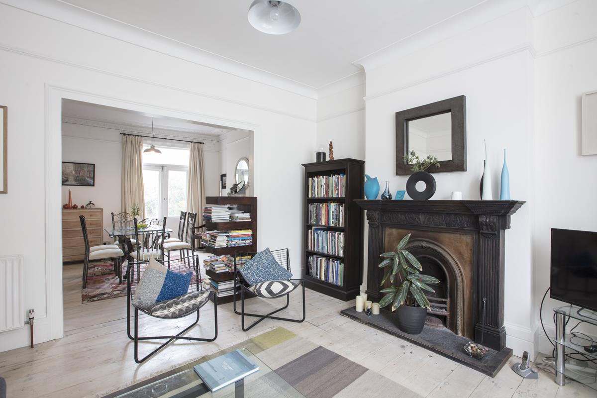 House - Semi-Detached For Sale in Carden Road, SE15 374 view8
