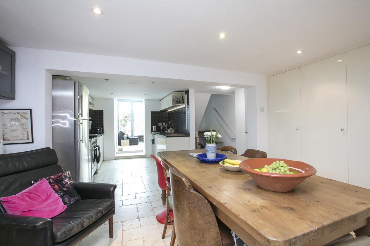 House - Terraced For Sale in Choumert Road, SE15 361 view17
