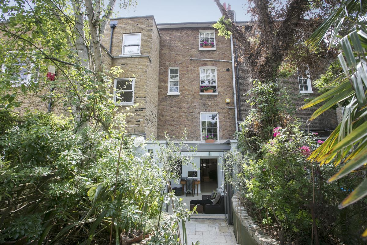 House - Terraced For Sale in Choumert Road, SE15 361 view5