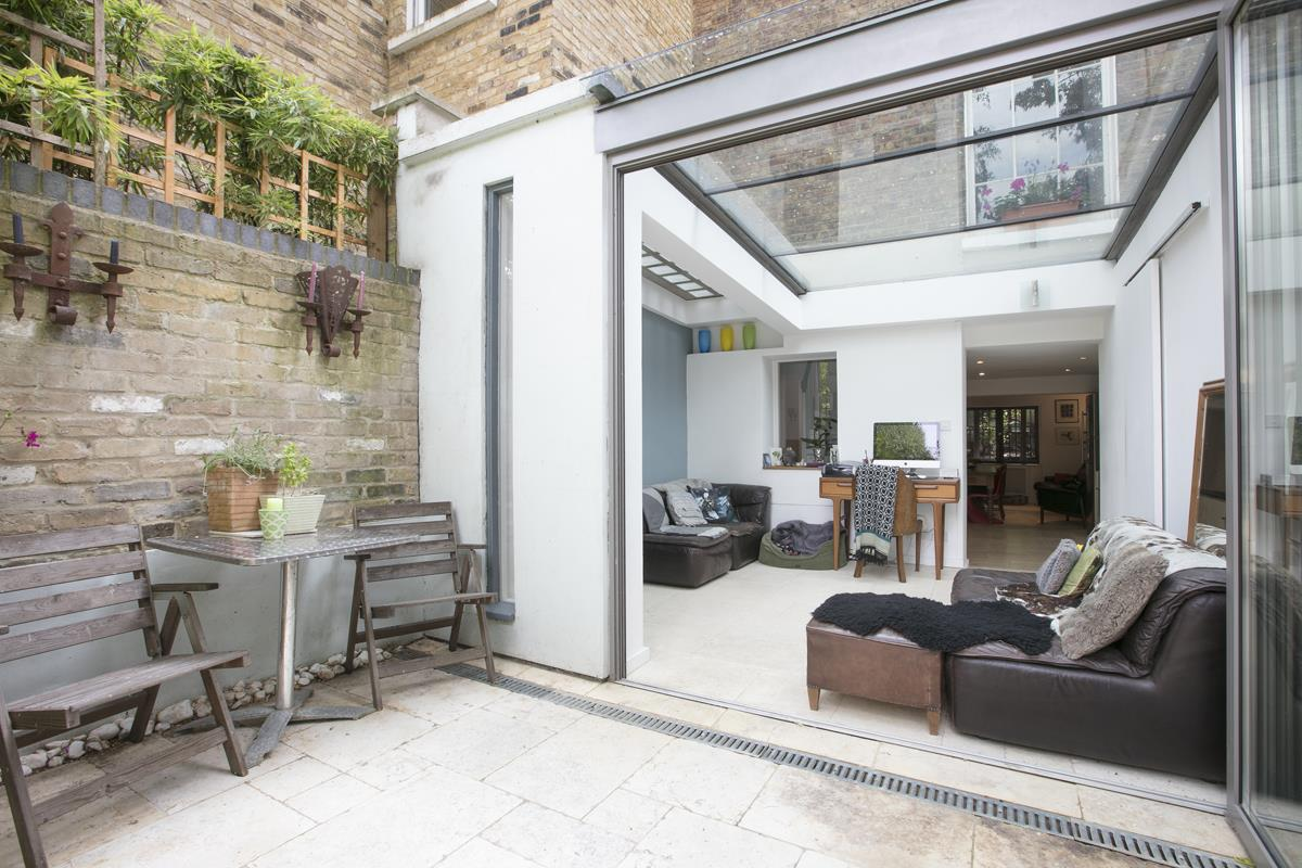 House - Terraced For Sale in Choumert Road, SE15 361 view13