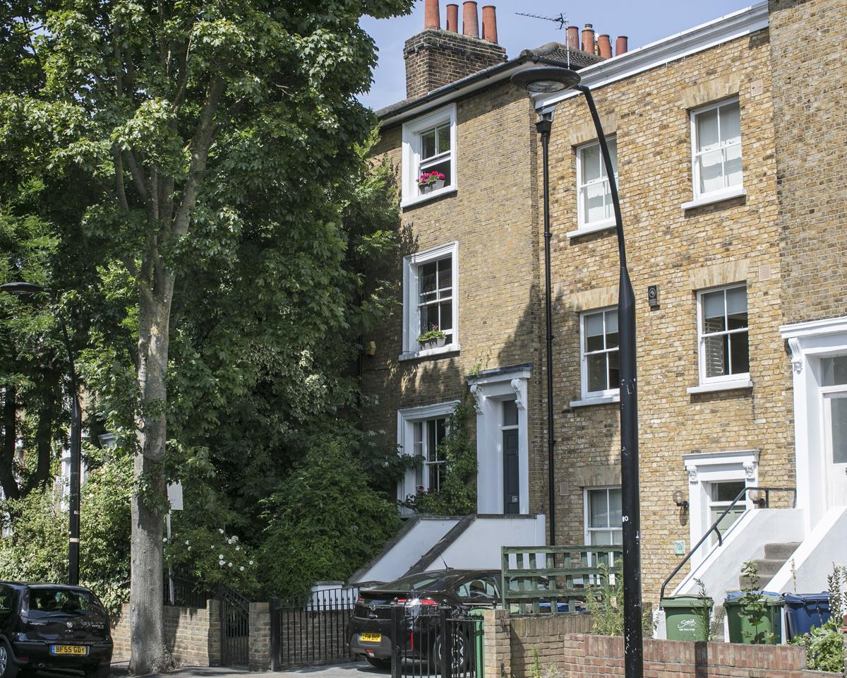 House - Terraced For Sale in Choumert Road, SE15 361 view2
