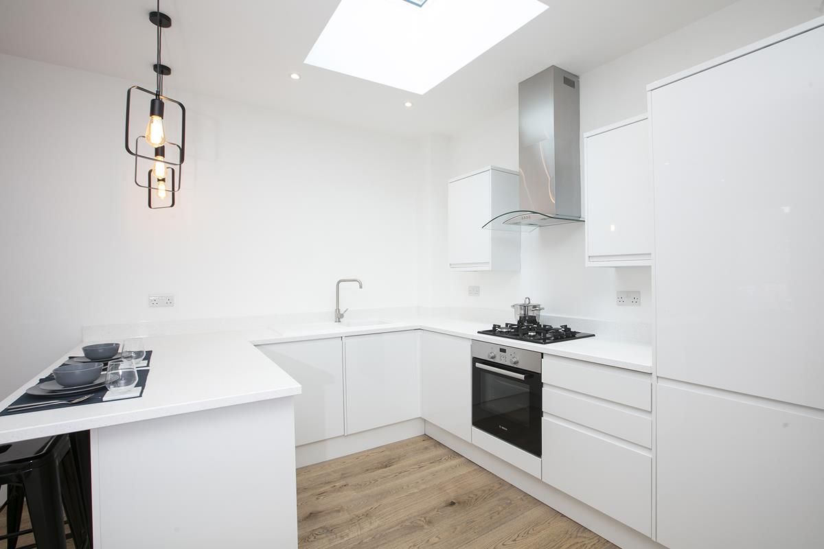Flat/Apartment For Sale in Coldharbour Lane, SW9 376 view4
