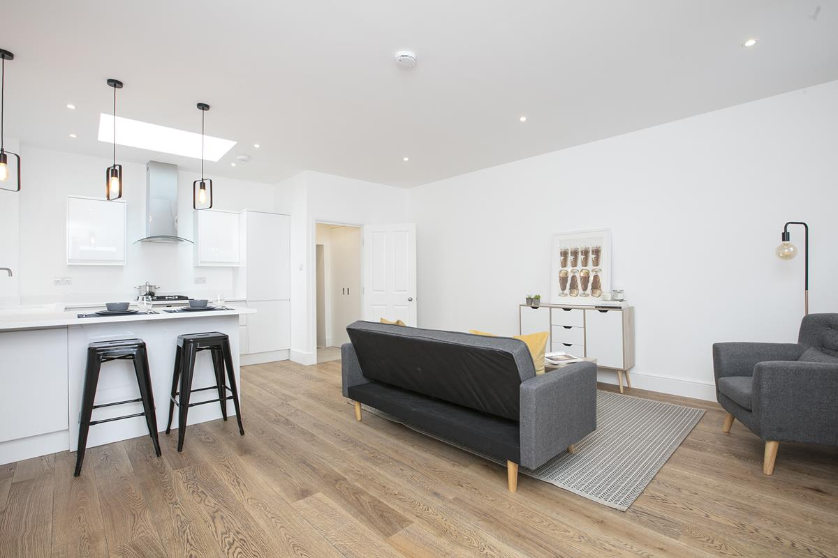 Flat/Apartment For Sale in Coldharbour Lane, SW9 376 view3