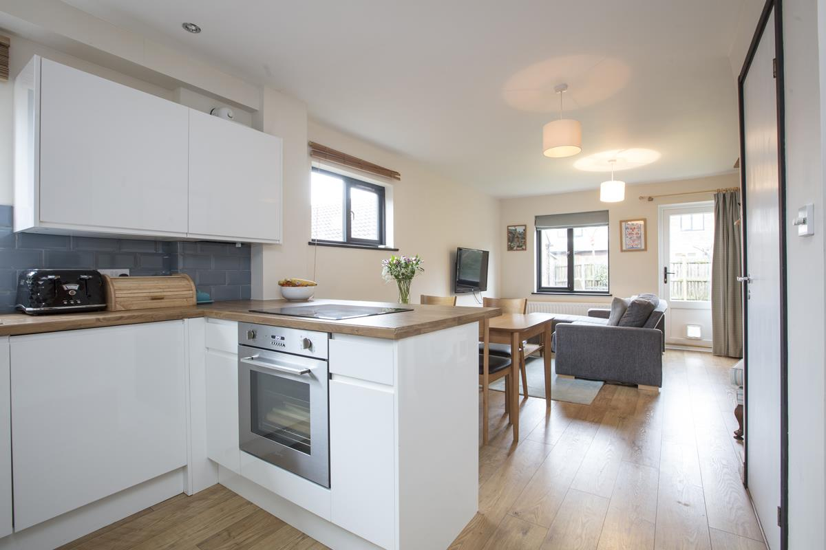 House - Link Detached Sale Agreed in Cuthill Walk, SE5 274 view2