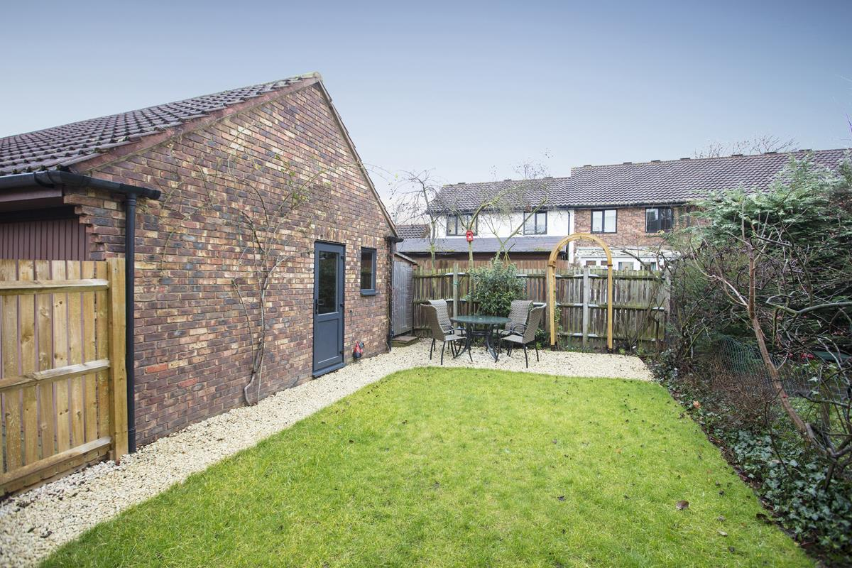 House - Link Detached Sale Agreed in Cuthill Walk, SE5 274 view3