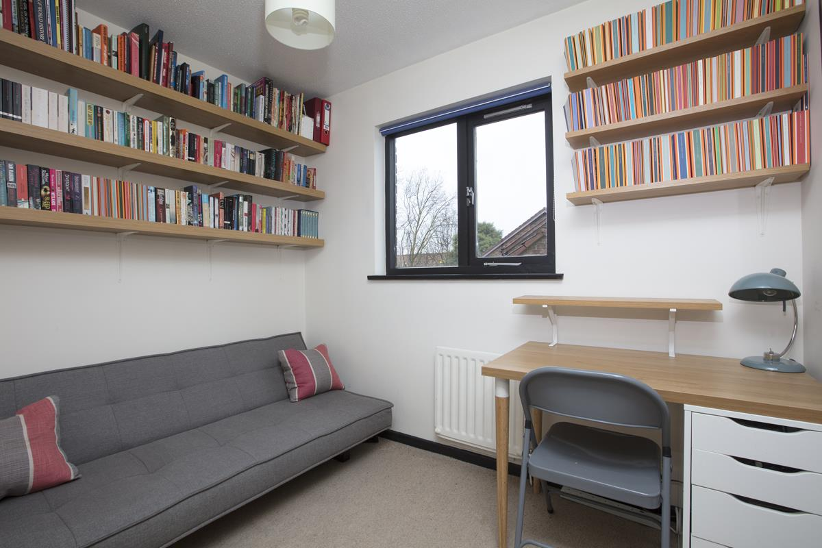 House - Link Detached Sale Agreed in Cuthill Walk, SE5 274 view9