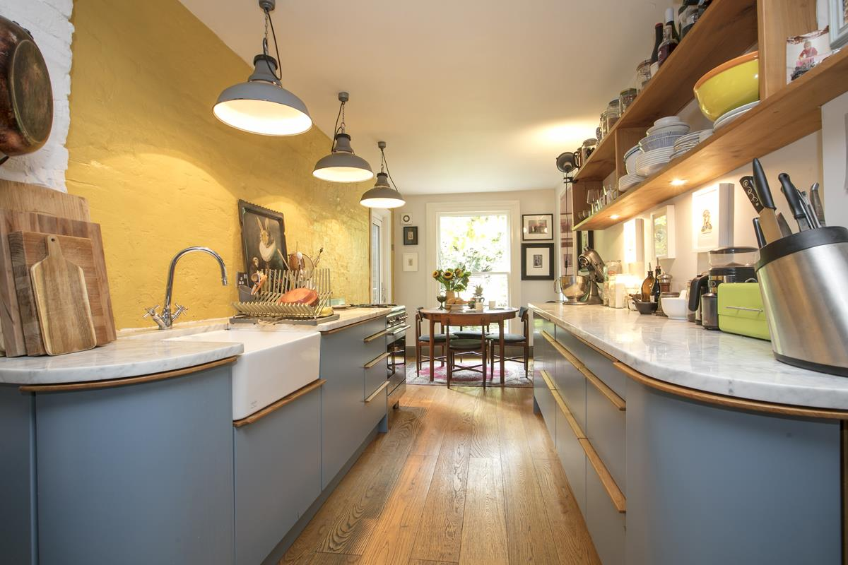 Flat/Apartment For Sale in Fenwick Road, SE15 373 view4