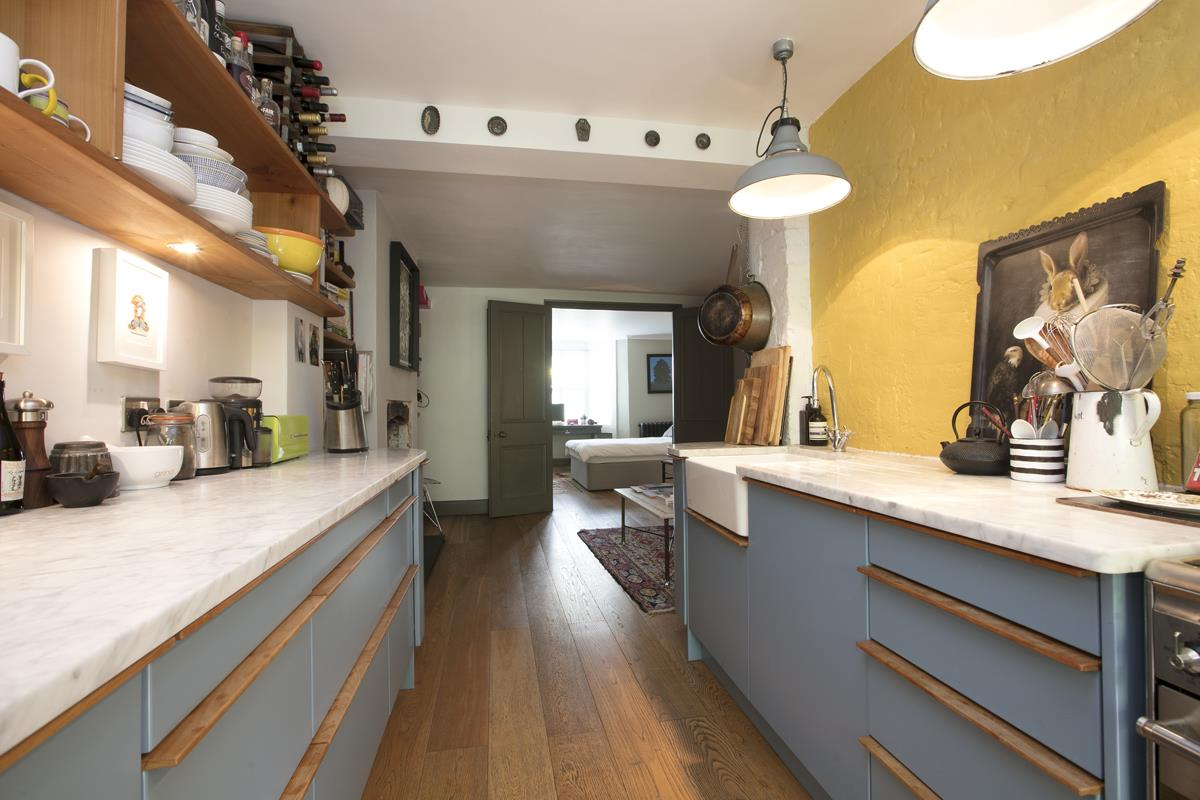 Flat/Apartment For Sale in Fenwick Road, SE15 373 view6