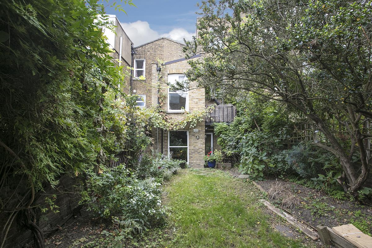 Flat/Apartment For Sale in Fenwick Road, SE15 373 view17