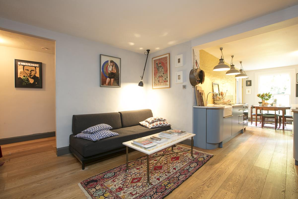 Flat/Apartment For Sale in Fenwick Road, SE15 373 view5