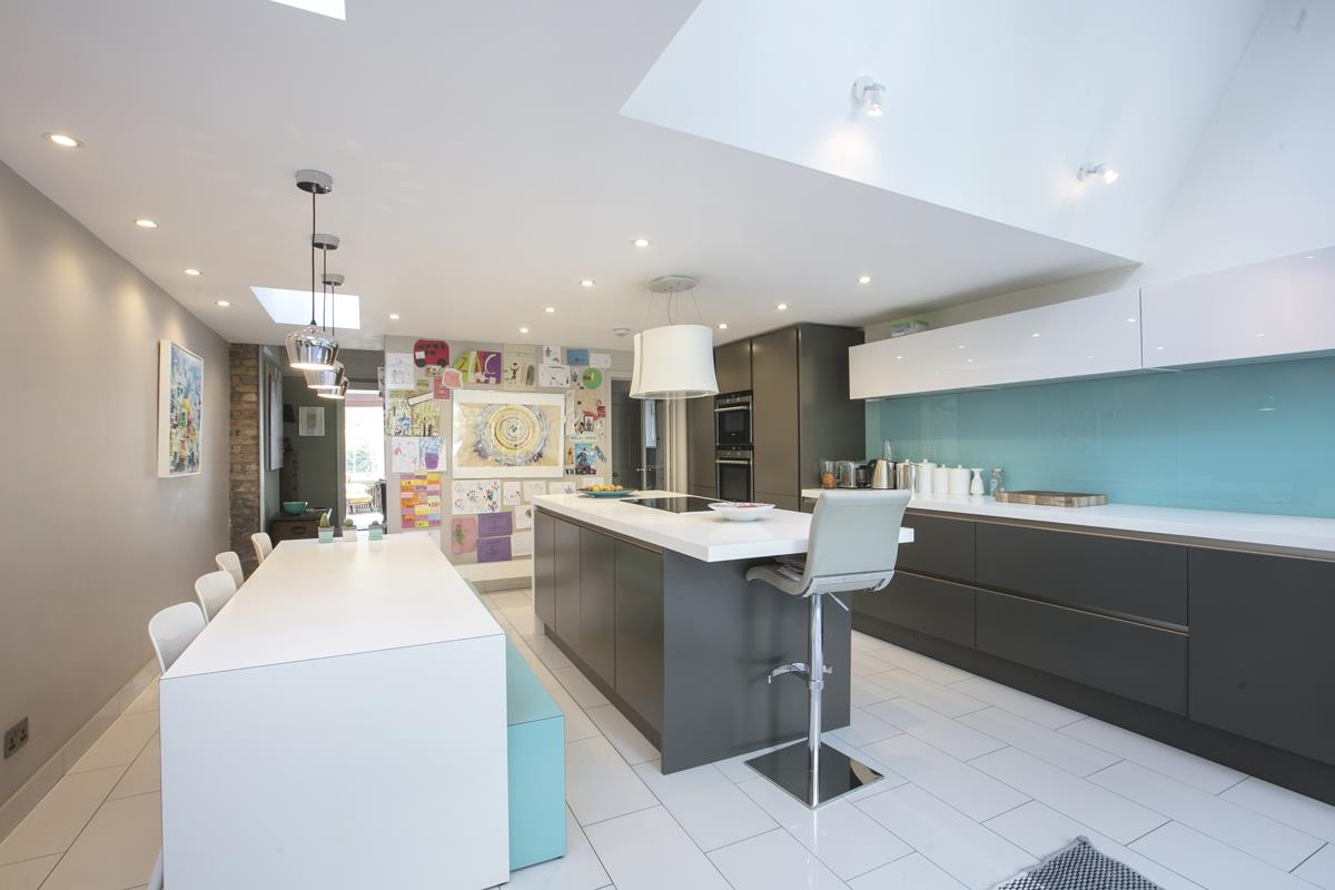 House - Terraced For Sale in Grove Hill Road, SE5 378 view8