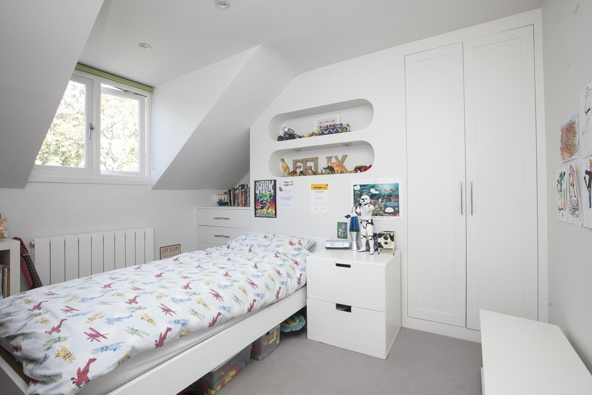 House - Terraced For Sale in Grove Hill Road, SE5 378 view25