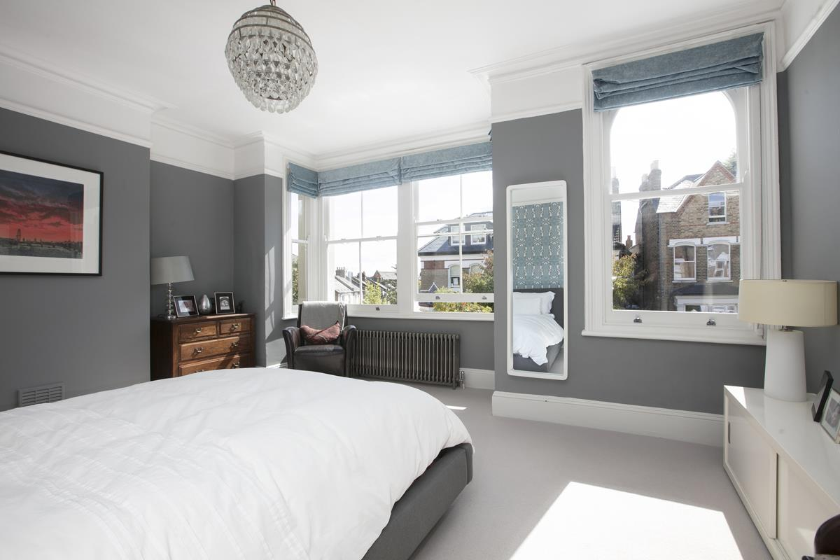 House - Terraced For Sale in Grove Hill Road, SE5 378 view19