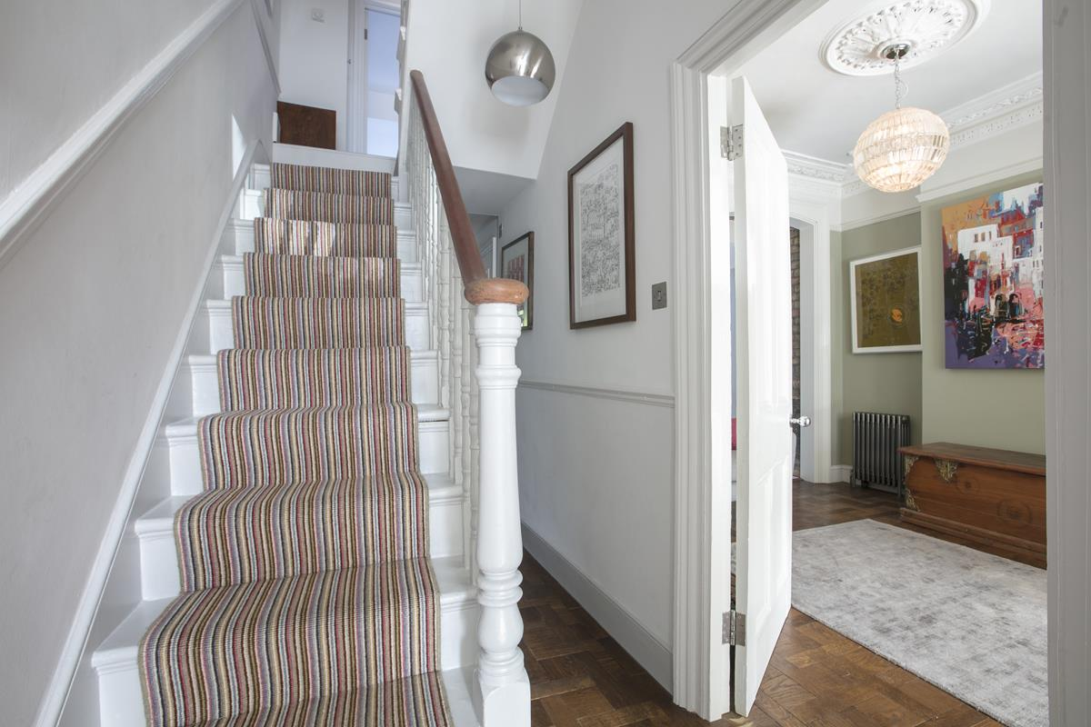 House - Terraced For Sale in Grove Hill Road, SE5 378 view17