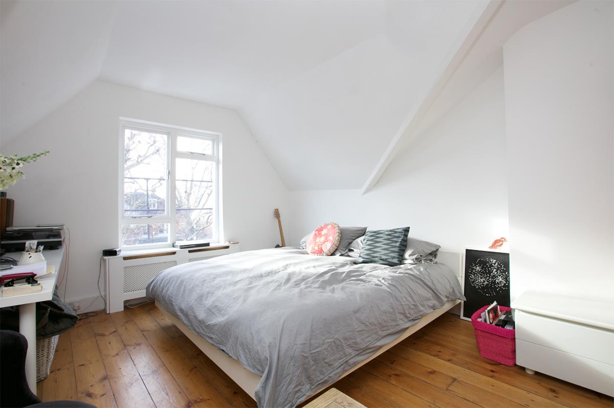 Flat - Conversion For Sale in Grove Park, SE5 358 view4