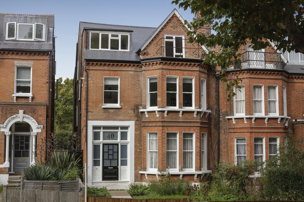 Flat - Conversion For Sale in Grove Park, SE5 358 view1
