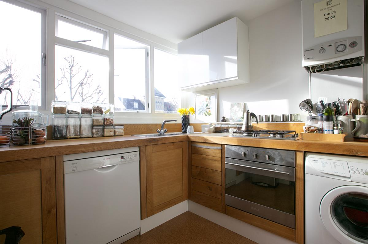 Flat - Conversion For Sale in Grove Park, SE5 358 view5