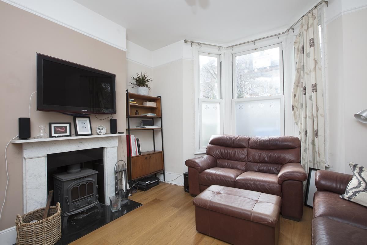 House - Terraced For Sale in Shenley Road, SE5 277 view3