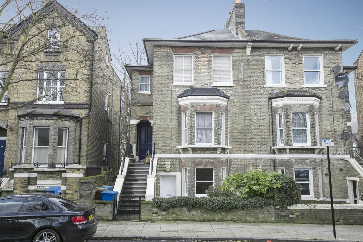 Flat/Apartment Sold in Talfourd Road, SE15 283 view1