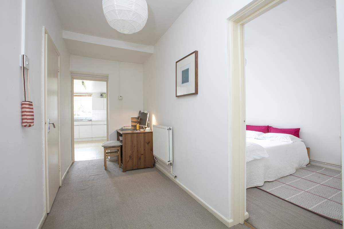 Flat/Apartment Sold in Talfourd Road, SE15 283 view9