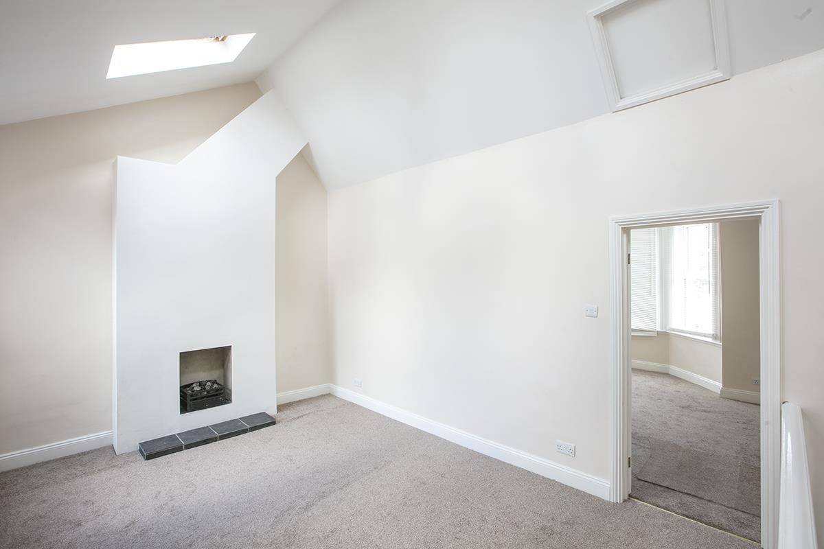 Flat - Conversion For Sale in Venetian Road, SE5 360 view3