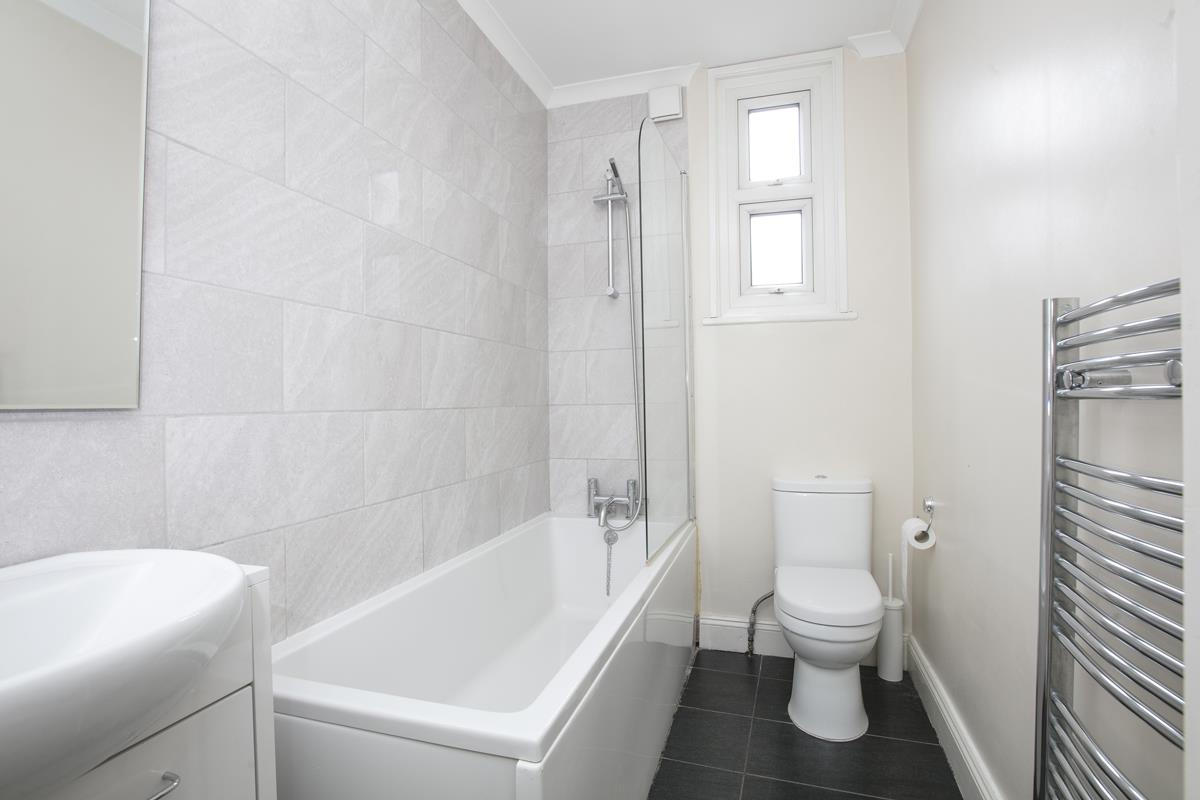 Flat - Conversion For Sale in Venetian Road, SE5 360 view9