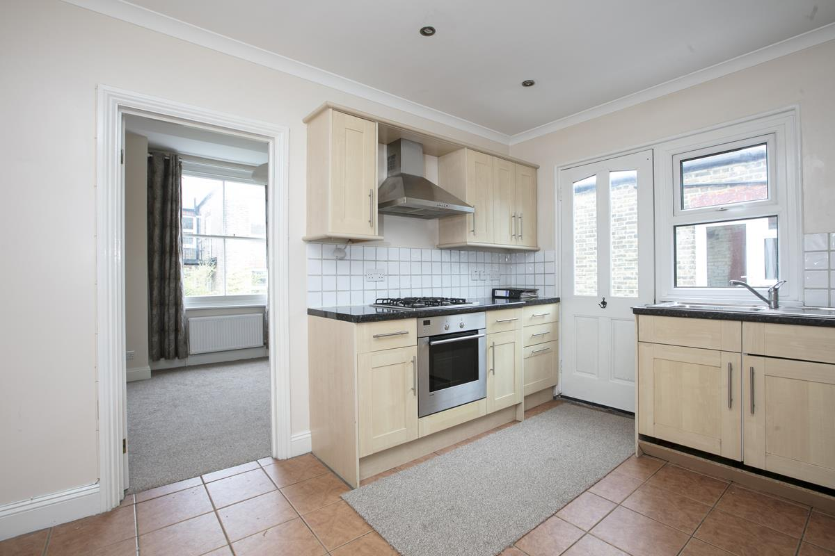 Flat - Conversion For Sale in Venetian Road, SE5 360 view5