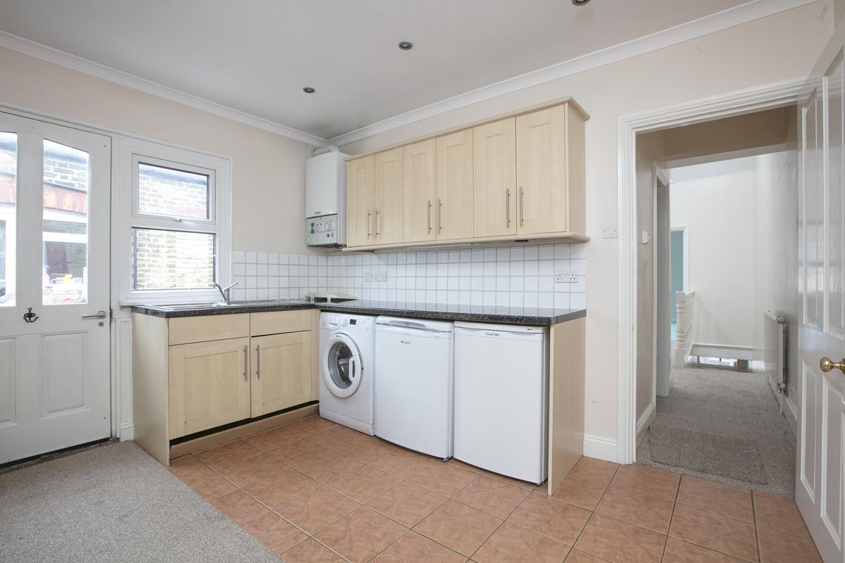 Flat - Conversion For Sale in Venetian Road, SE5 360 view6